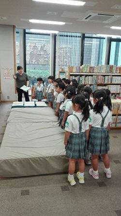 年長組図書館訪問
