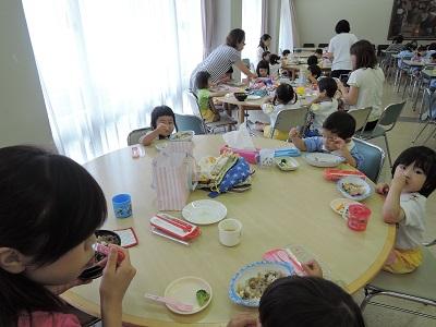 レストラン給食年少・ほし組